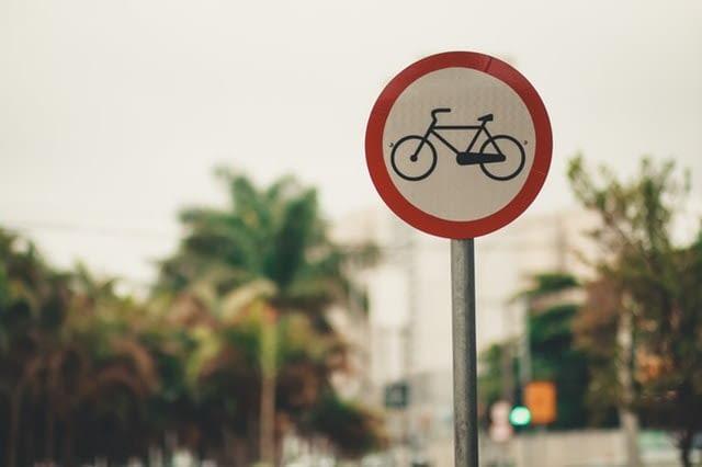 znak drogowy rower
